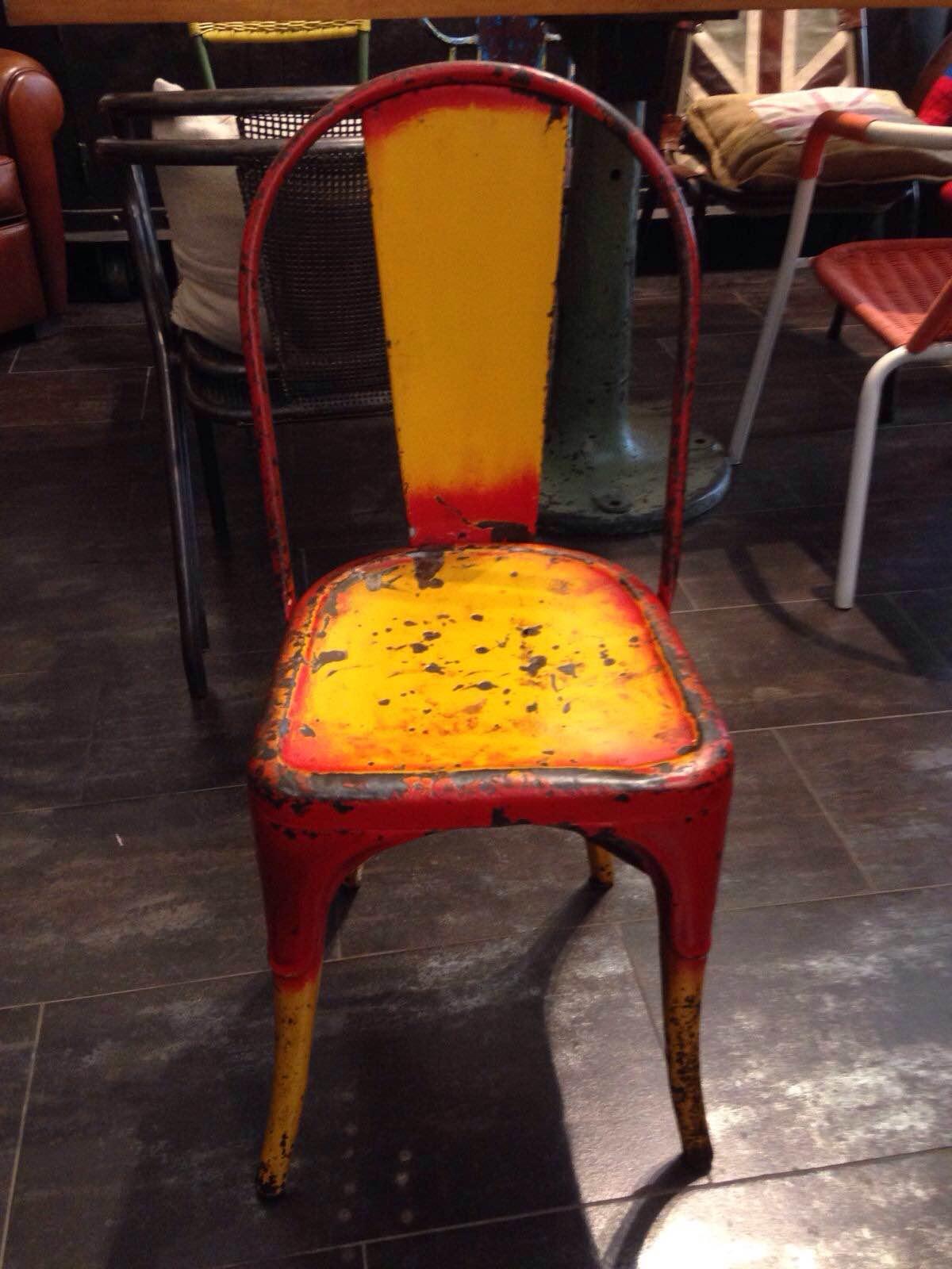 Coppia di sedie originali tolix neoretr for Sedie originali