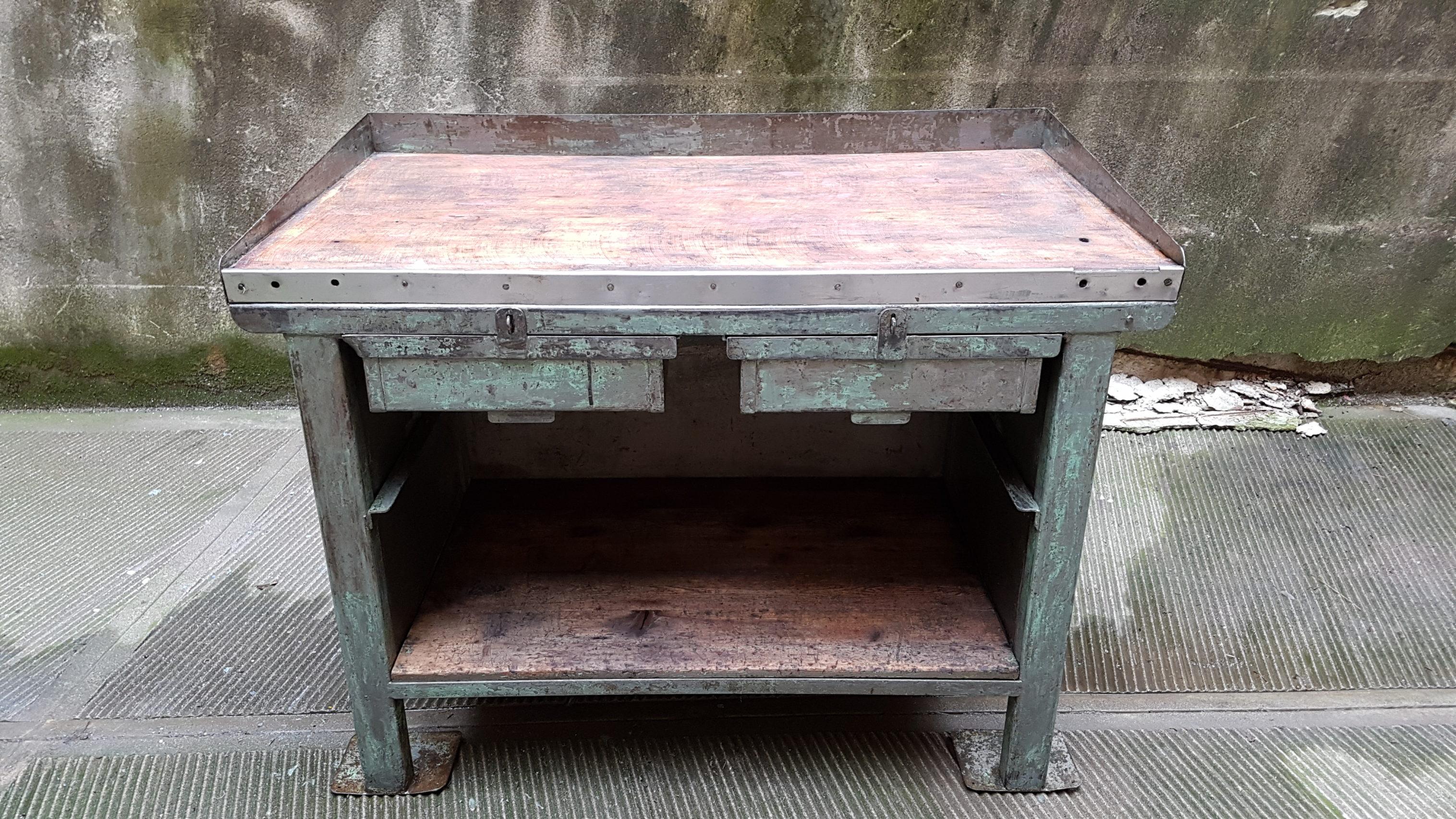 Tavoli Da Lavoro Vintage : Tavolo da lavoro industriale ex fabbrica neoretrò
