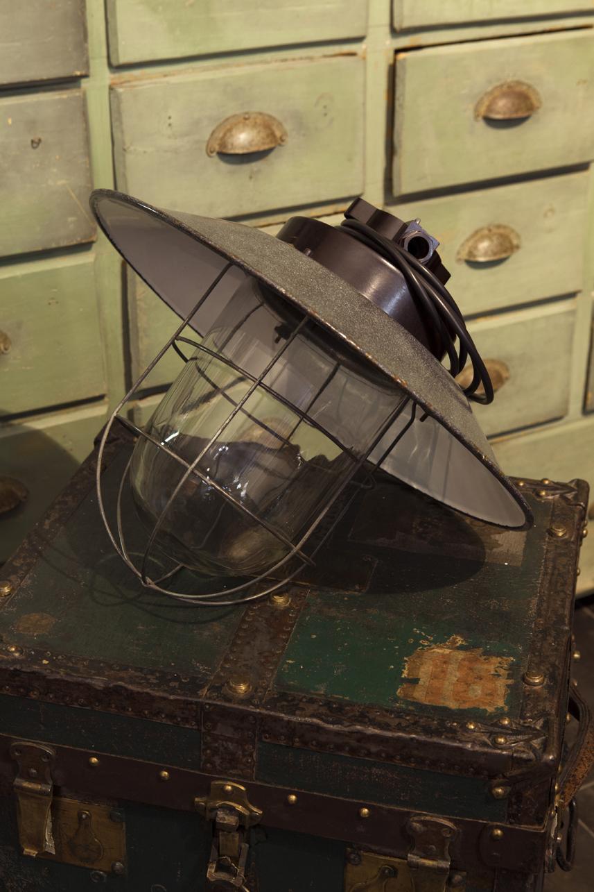 LAMPADA INDUSTRIALE SOVIETICA - NeoRetrò
