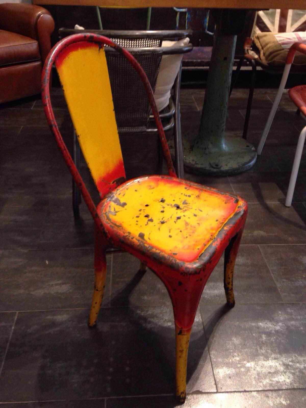 Coppia di sedie originali tolix modello b neoretr for Sedie originali