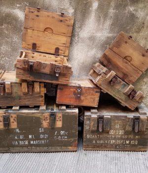 Cassette militari francesi Seconda Guerra Mondiale, casse in legno