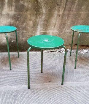 Tavolini tondi da bistrot impilabili, tavolo ferro