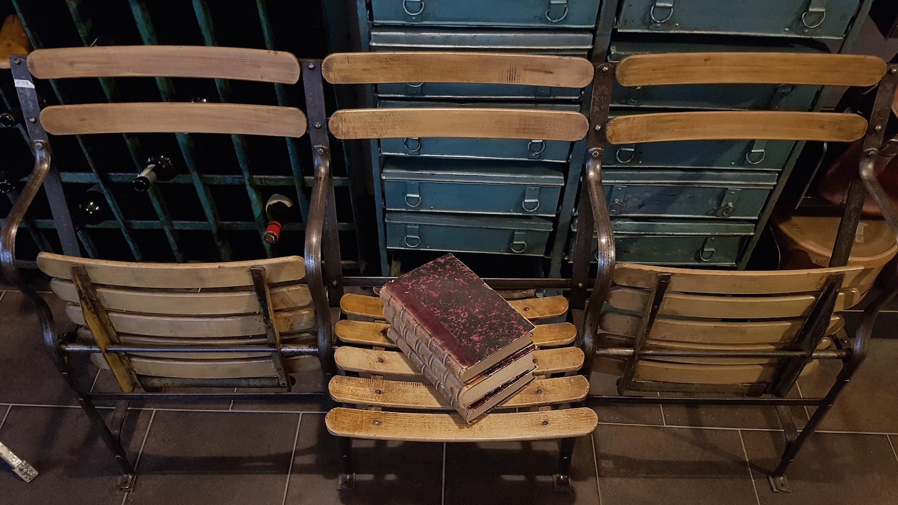 Sedie Da Cinema Vintage.Poltroncine Da Cinema Anni 30 Neoretro