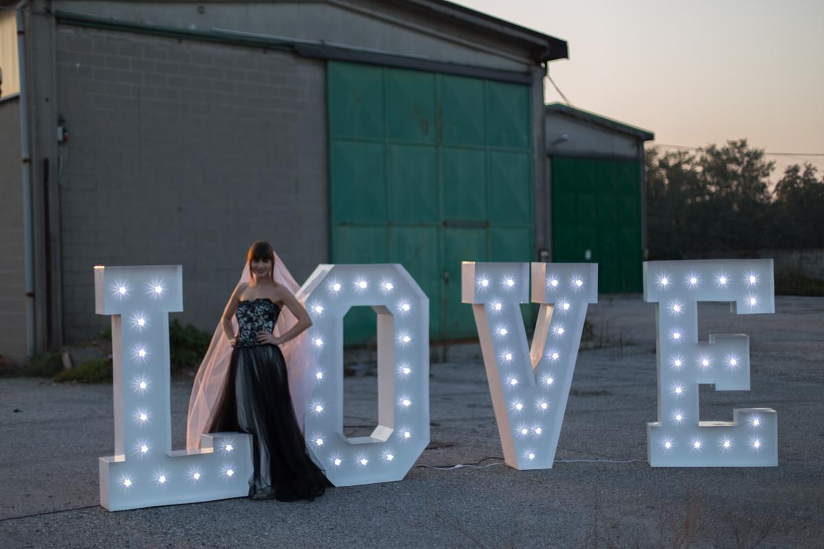 Idee Luci Salotto : Love luminoso vedi sezione wedding service neoretrò