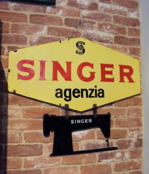 RIVENDITORE SINGER