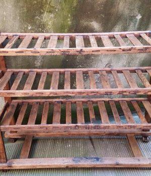 Carrello in legno ex Fabbrica di Scarpe