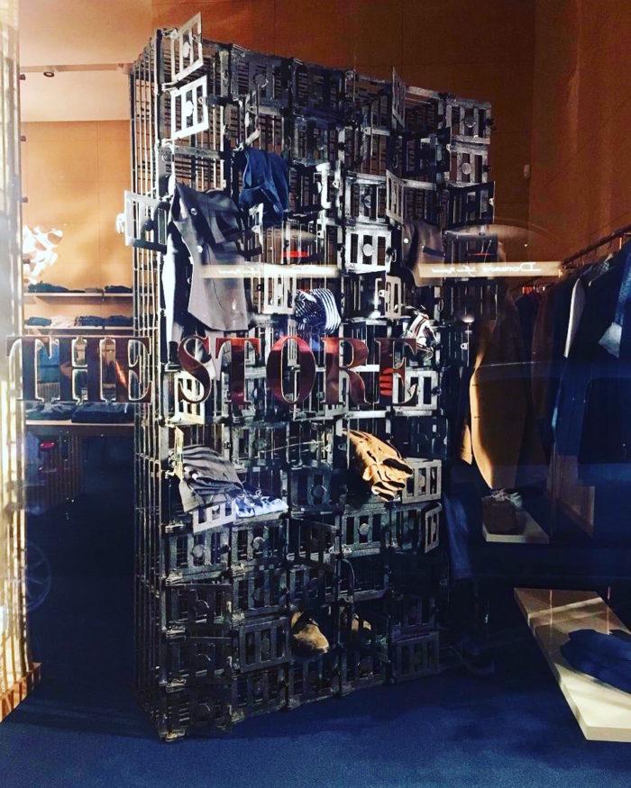 Piccionaia in esposizione per allestimento di negozio