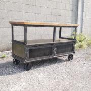 Mobile da televisione su ruote, carrello industriale