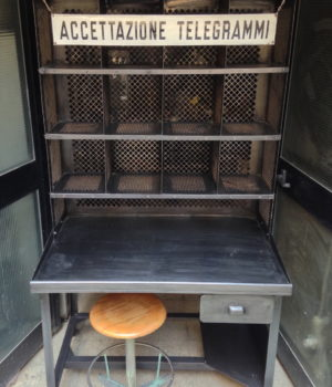 Mobile 'Tripostal' Francese
