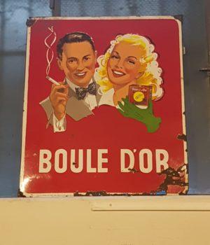 Insegna francese Boule d'Or
