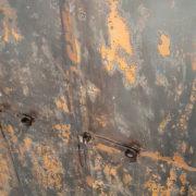 Armadietto in ferro, patina rossastra/arancio