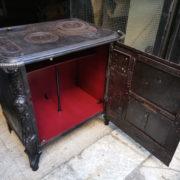 Stufa ghisa 1853 trasformato mobile bar