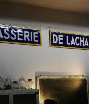 Insegna Brasserie de Lachapelle