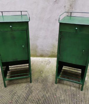 Comodini Verdi di metallo